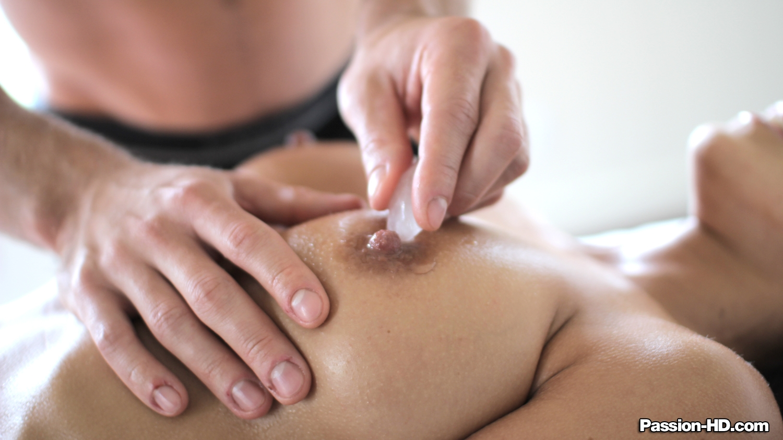 Страстный секс после массажа эротического 2 фотография